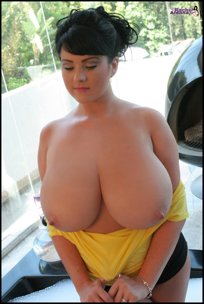 america auntys both nude images